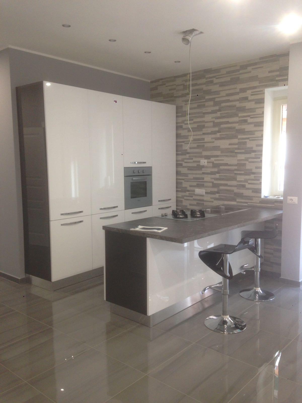 Ristrutturazioni appartamenti napoli vitale ristrutturare for Appartamenti napoli