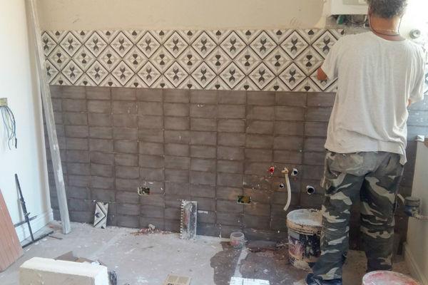 Applicazione rivestimento e installazione scaldino