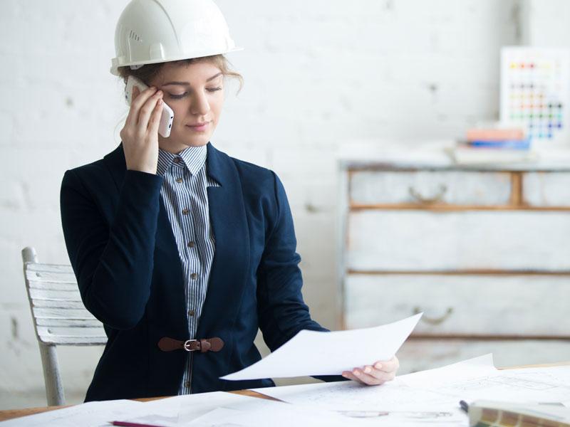 Professionista chiama per comunicare l'inizio dei lavori di ristrutturazione
