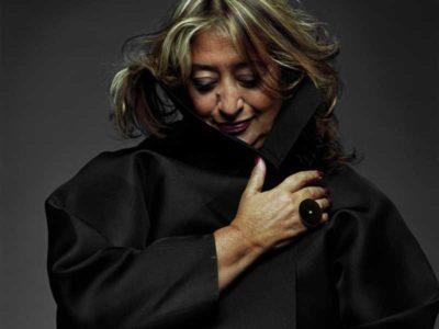 Primo piano dell'architetto Iracheno Zaha Hadid