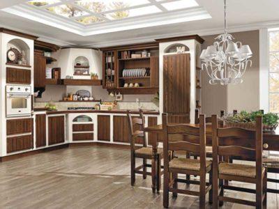 Vista frontale di una cucina in stile rustico della collezione Elena di Cucine Lube