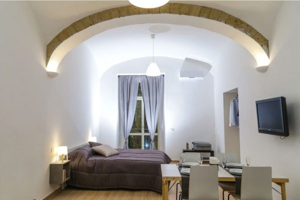 Via-Duomo-Casa-vacanza-camera-da-letto-2