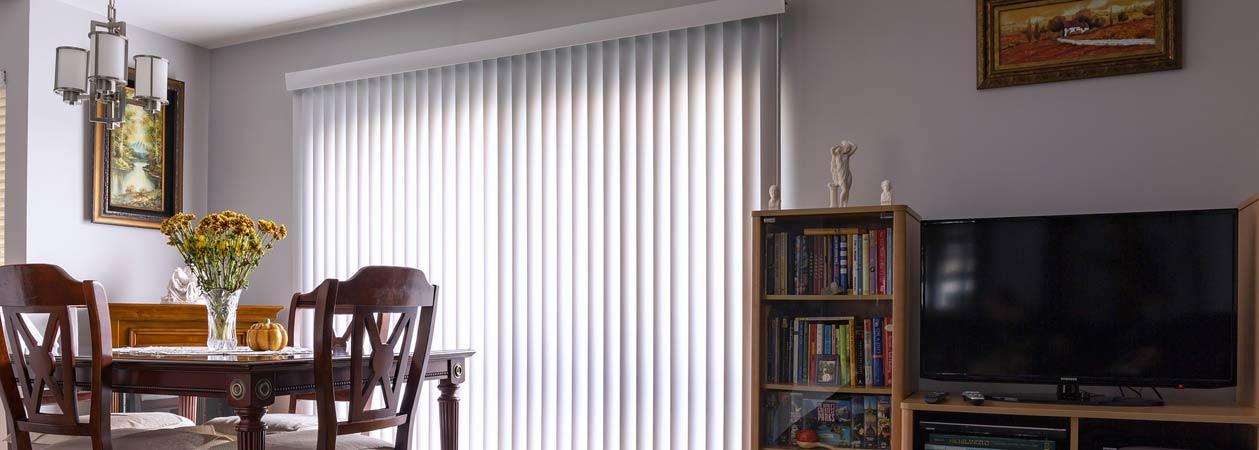 7 consigli per migliorare lo stile del tuo salone con le tende