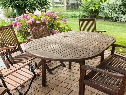 Tavolo da pranza da esterno in legno