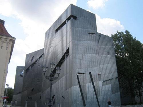 Museo Ebraico, l'opera di Daniel Libeskind a Berlino