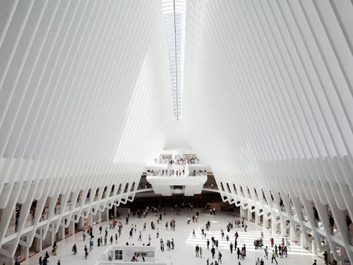 Vista interna del World Trade Center Transportation Hub - PATH