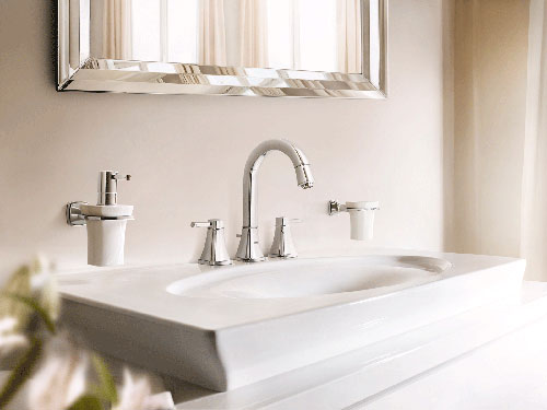 mobile da bagno classico con lavandino