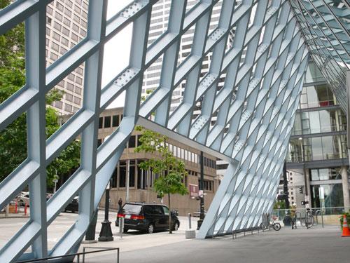 L'architettura della Biblioteca Centrale di Seattle