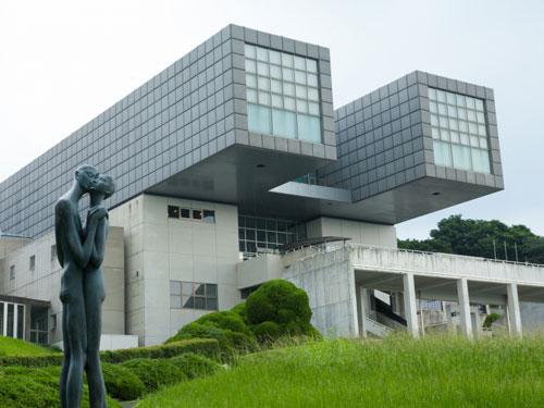 Kitakyushu Municipal Museum of Art a Fujuoka in Giappone