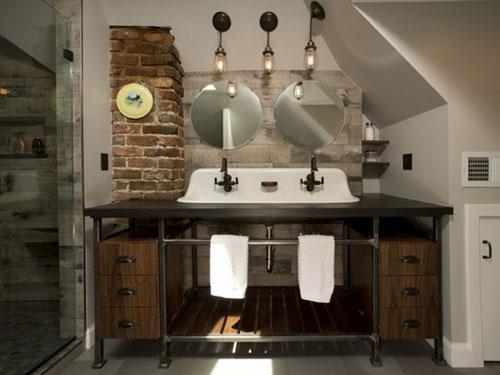 Mobile da bagno in stile industriale con doppio specchio e lavabo