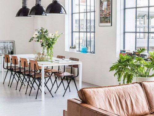Sala da pranzo in perfetto stile minimal chic